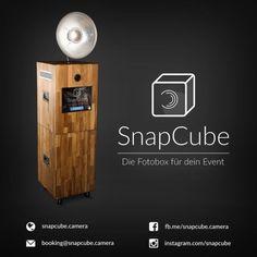 """Hallo! Wir vermieten unsere Fotobox """"SnapCube"""" für Hochzeiten, Geburtstage, Firmenfeiern oder Abschlussbälle. SnapCube wird in zwei Varianten (Basic-Paket und Profi-Paket) angeboten. Der Preis hierfür beginnt bei 229€. Die Buchung von Zusatzleistungen (z.B. USB-Stick) ist ebenfalls möglich. Features von SnapCube sind u.a. das einzigartige und hochwertige Design, der große 15""""-Touchscreen, Live-View, WLAN-Download der gemachten Fotos über die Smartphones deiner Gäste in Echtzeit…"""