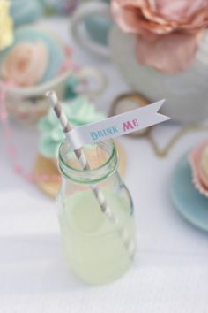 Smarty Parties: Time for Tea! Alice in Wonderland-inspired tea party. Photo by stelladolcephotography.com