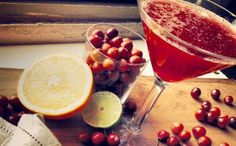 Cranberry Ginger Margarita Recipe-making these Christmas day.