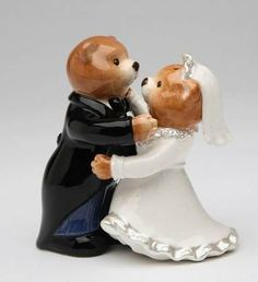 Fine Porcelain Teddy Bear Bride and Groom Salt and Pepper Shaker Set Figurine by Cosmos. $14.99