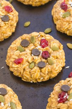 Healthy No Bake Superfoods Breakfast Cookies which take less than 10 minutes to prep and are packed full of healthy ingredients- Vegan and gluten free!