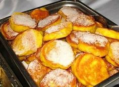 Die maklikste resep vir die heerlikste pampoenkoekies - 'n groot gunsteling! South African Dishes, South African Recipes, Kos, Braai Recipes, Cooking Recipes, What's Cooking, Pumpkin Fritters, Pumpkin Recipes, Pumpkin Cakes