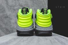 NIKE LUNAR RAID (VOLT)   Sneaker Freaker