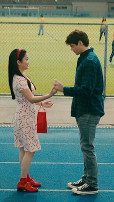 Lara Jean et Peter Lara Jean, Ps I Love, I Still Love You, Movies For Boys, Good Movies, Cute Relationship Goals, Cute Relationships, Movie Couples, Cute Couples