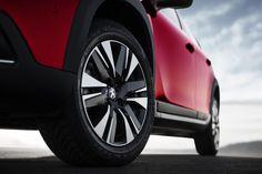 2016 Peugeot 2008  #Geneva_International_Motor_Show_2016 #Segment_J #European_brands #Peugeot_2008 #2016MY #Peugeot