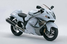 New Hayabusa unveiled with ABS and Brembo brakes - | Motorbike reviews | Latest Bike Videos | MCN