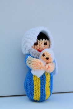 Mary & Baby Jesus Dolls - Beginners Knitting Pattern