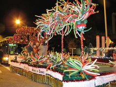Parade Of Lights Floats | Parade-Float
