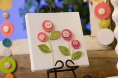 37 Trendy Ideas For Button Art Diy Canvas Simple Diy Projects To Try, Crafts To Make, Craft Projects, Crafts For Kids, Diy Crafts, Button Flowers, Felt Flowers, Button Art On Canvas, Canvas Art