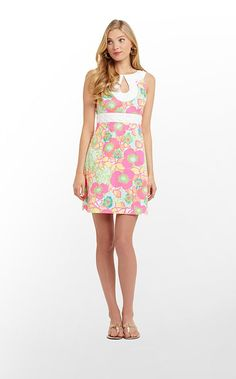 Candice Dress, Lilly Pulitzer Spring 2013. Lovin the cut out!