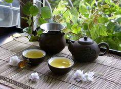 """Voici la deuxième session """"secret de beauté"""" des stars coréennes. Je vais aborder à présent le sujet des masques à base de thé. Le thé et ses vertus sur notre santé, on en entend souvent parler. Le thé vert notamment, est très populaire en Asie. Des chercheurs..."""