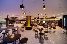 Bookmarque cafe and bookstore at Auckland Airport