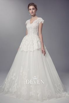 Short Sleeve V-Neckline Beaded Lace Appliuqe Ball Gown Wedding Dress