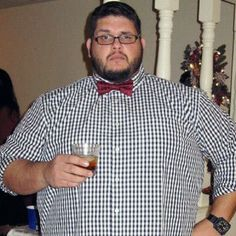 Ron shares his new shirt, bow tie, & genetically awesome beard in today's reader photo submission. Want to make his look your own? Find out how at Chubstr. Big Guys, Big Men, Boy Fashion, Mens Fashion, Chubby Men, Awesome Beards, Genetics, Submissive, Mens Fitness