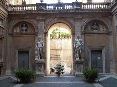 Palazzo Mattei di Giove in Roma, Lazio