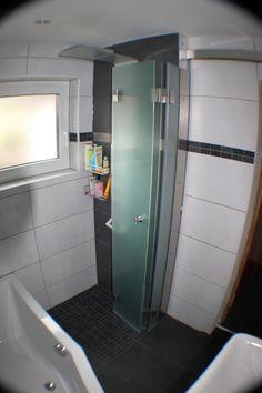Dusche für kleine Badezimmer zum Wegklappen