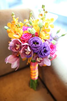 Shar's wedding bouquet. love the colors!