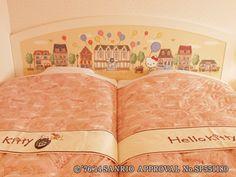 Hello Kitty Room headbord&bed