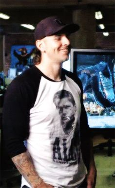 M Shadows gif. So HOT and adorable ❤ love the shirt too