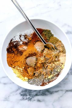 The best seasoning to put on ribs for fall-off-the-bone bites is a homemade dry rub made from spices and herbs you probably have sitting in your pantry right now. T Bone Steak Rub Recipe, T Bone Steak Marinade, Bbq Rub Recipe, Steak Rubs, Rub For Pork Ribs, Dry Rub For Steak, Bbq Dry Rub, Dry Rubs, Best Marinara Sauce