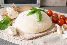 PATE A PIZZA SANS GLUTEN (250 g de farine de sarrasin, 20 cl d'eau, 2 c à c d'huile d'olive, 1 c à c de levure sans gluten, ½ c à c de sel)