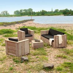 Bauplanken-Sitzgruppe