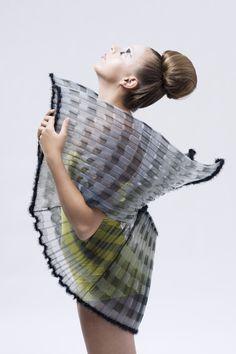 At Premiere Vision: textile designer Cecile Feilchenfeldt Design Textile, Fabric Design, Fashion Photo, Fashion Art, Fashion Design, Mode Origami, Chic Et Choc, Mode Costume, Conceptual Fashion