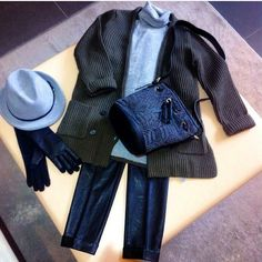 inspiration look: #stile #style #abbigliamento #outfit #fashion #coat #pants #bag #look #moda #trendy #shopping #negozio #shop #vigevano #lomellina #piazzaducale #black #autumn #winter