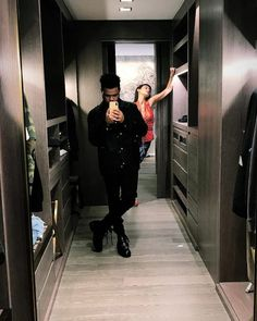 the weeknd and bella hadid Edgy Outfits, Celebrity Outfits, Celebrity Couples, Cute Relationship Goals, Cute Relationships, The Weeknd Poster, Selena And Abel, Abel And Bella, Isabella Hadid