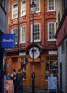 TIny London street off High Holborn