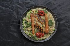 Veg Dishes, Tasty Dishes, Food Dishes, Pearl Couscous Recipes, Baked Peppers, Israeli Couscous Salad, Low Gi Foods, Moroccan Chicken, Chicken Recipes