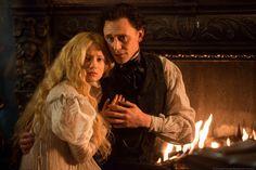 Tom Hiddleston as Sir Thomas Sharpe ( with Mia Wasikowska as Edith Cushing) From http://tw.weibo.com/torilla/4046166662818586 via http://www.kerryhayesphoto.com