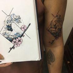 """56 Likes, 2 Comments - Mara (@tattoo_mara) on Instagram: """"Um versão da onda do artista hokusai para a foda @reinarts #wavetattoo #hokusaiwave #hokusai…"""""""