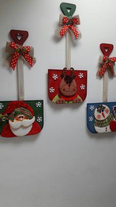 Palas Rustic Christmas, Christmas Art, Christmas 2019, Christmas Holidays, Christmas Wreaths, Christmas Decorations, Xmas, Christmas Ornaments, Crafts To Sell
