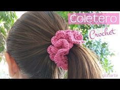 I'm glad to have found this unique crochet slippers that you can make even as a gift to your friends, relatives and loved ones. Quick Crochet, Unique Crochet, Love Crochet, Crochet Gifts, Beautiful Crochet, Crochet Puff Flower, Crochet Flower Patterns, Crochet Flowers, Crochet Hair Accessories