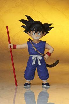 ToyzMag.com » Dragon Ball : 2 Son Goku Gigantic Series par X-Plus