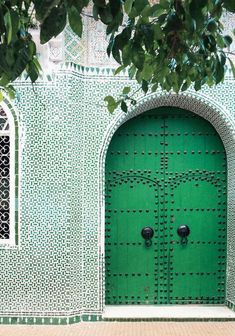The Prettiest Front Doors From Around The World The Prettiest Front Doors From Around The World Get Inspired With These Enchanting Doorways From Door J Adore That Make A Lasting Impression Studded Green Door In Chefchaouen Morocco Wooden Front Door Design, Wooden Front Doors, The Doors, Front Design, Porte Cochere, Chefchaouen Morocco, Door Studs, Moroccan Doors, Green Theme