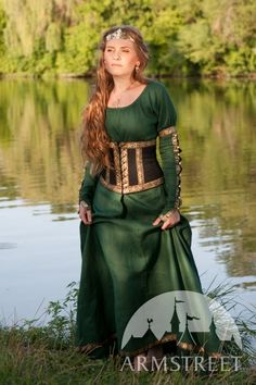 Medieval Dress With Belt - Armstreet  Manches à boutons + underbust <3