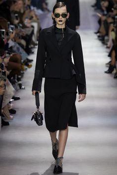 Christian Dior Fall 2016 Ready-to-Wear