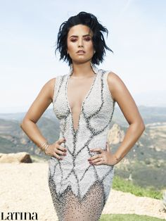 Demi Lovato basically defined Summertime beauty on her new cover of Latina magazine.