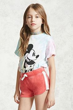 Forever 21 Girls - A pair of French terry knit shorts featuring striped sides, a faded wash, and an elasticized drawstring waist. Fashion Kids, Preteen Girls Fashion, Young Fashion, Emo Fashion, Trendy Fashion, Cute Girl Dresses, Cute Girl Outfits, Kids Outfits Girls, Mini Dresses