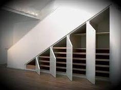Картинки по запросу пространство под лестницей на даче