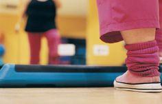 Übergewicht - Typische Fehler, die Jogger machen - Laufanfänger sollten ihren Arzt fragen, ob Joggen als Sport für sie infrage kommt. Wer mit starkem Übergewicht kämpft, sollte von vorneherein lieber walken. Das belastet die Gelenke nicht so sehr...