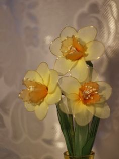 silk yellow daisies Buy could make Nylon Flowers, Wire Flowers, Cloth Flowers, Satin Flowers, Felt Flowers, Fabric Flowers, Paper Flowers, Nylon Crafts, Jute Crafts