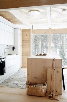 23 Charming Cottage Kitchen Design and Decorating Ideas that Will Bring Coziness to Your Home - The Trending House Fall Home Decor, Cheap Home Decor, Küchen Design, Layout Design, Home Design, Rustic Kitchen, Nordic Kitchen, Kitchen Ideas, Interior Design Kitchen