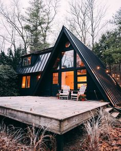 Architecture – Enjoy the Great Outdoors! Tiny House Cabin, Tiny House Design, Cabin Homes, A Frame Cabin, A Frame House, Little Cabin, House Goals, Cabana, Exterior Design