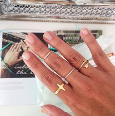ring stack // gold rings via blogger @dallas