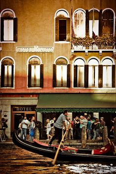 San Polo, Venice, Veneto_ Italy www.muranopassion.com