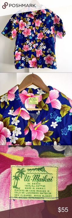 """Vtg 50s 60s Ui-Maikai Mens Hawaiian Shirt Aloha Vtg 50s 60s Ui-Maikai Mens Hawaiian Shirt Top Medium Floral Hibiscus Cruise  Amazing vintage Aloha shirt. 100% cotton and made in Hawaii. In great condition, no flaws.  No size tag, but most likely a medium. See measurements to ensure proper fit.  Armpit to Armpit: 44""""  Waist: 41""""  Length: 26.50""""  Shoulders: 18""""  Garment measured flat, not stretched. Waist & armpit sizes are measured from the front, then doubled (i.e. 18""""x 2 = 36""""). Length is…"""