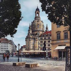 Dresden, Germany    von @sana_stranger